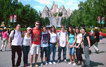 Teenagers Abroad Summer Camp Program in Toronto - English Courses - Learn English